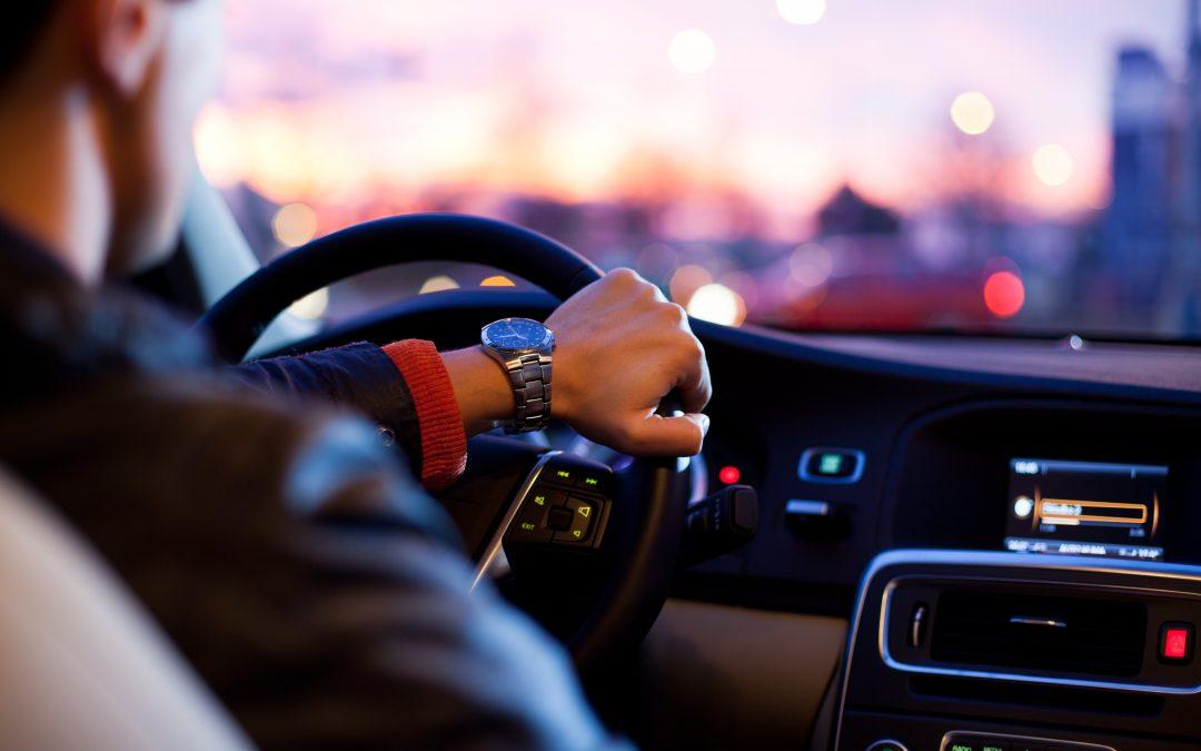 Ile zarabia taksówkarz – jakie ma wydatki?